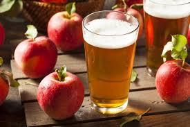 サイダー・イメージ・リンゴとグラス