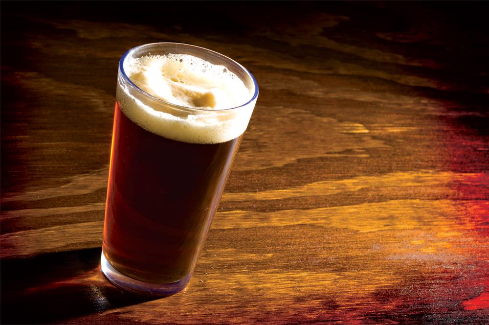 ビール・グラス・ブラウンエール